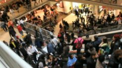 shoppers-at-busy-crowded-mall